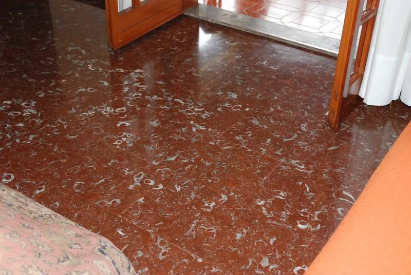 Pavimento Marmo Rosso : Pavimenti in marmo pero marmi sigma pero milano lombardia